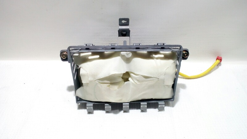 Подушка безопасности в торпедо Mitsubishi Airtrek CU2W 4G63T 2003