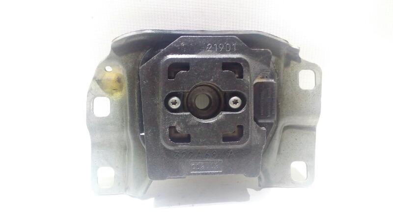 Подушка коробки передач Ford Focus CB8 PNDA 2012