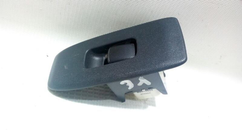 Кнопка стеклоподъемника Mitsubishi Pajero V75W 6G74 2000 задняя левая