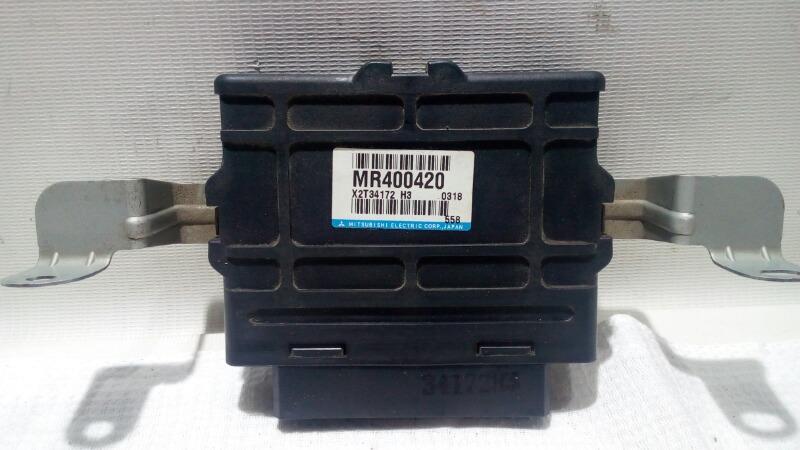 Блок управления abs Mitsubishi Pajero V75W 6G74 2000