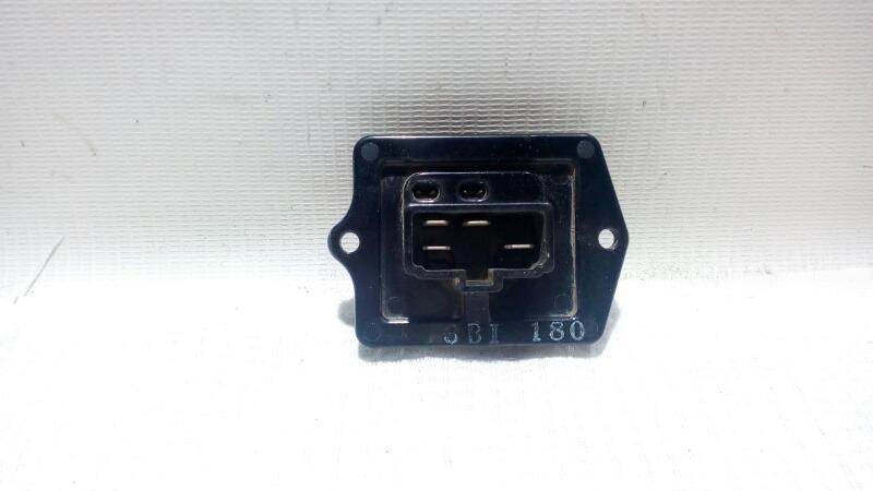 Реостат печки Mitsubishi Pajero V75W 6G74 2000 задний