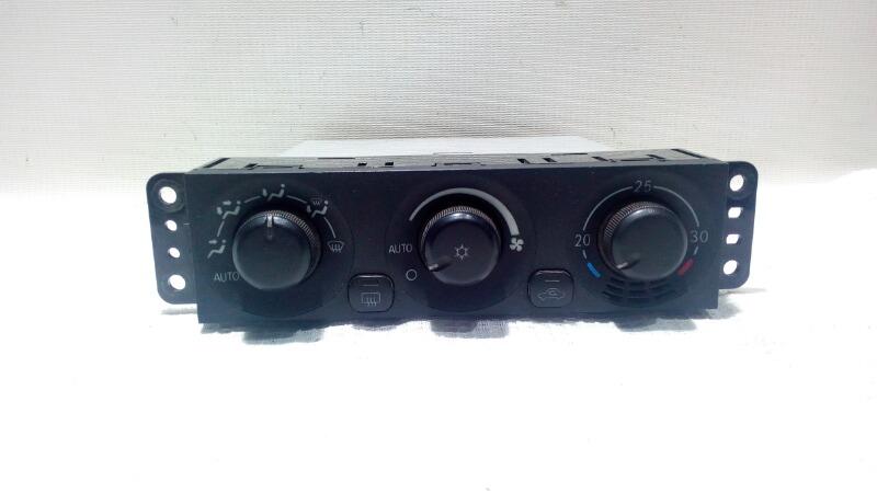 Блок управления климат-контролем Mitsubishi Pajero V75W 6G74 2000