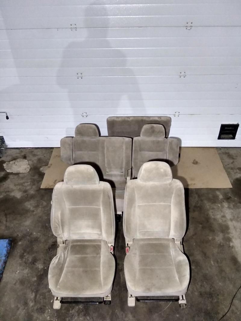Сиденье Mitsubishi Pajero V75W 6G74 2000