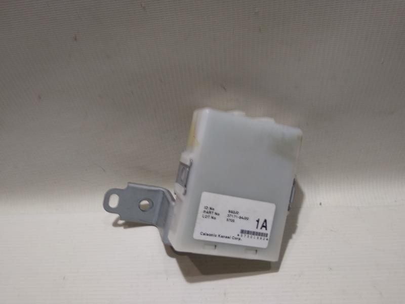 Блок управления центральным замком Suzuki Escudo TD94W H27A 2005