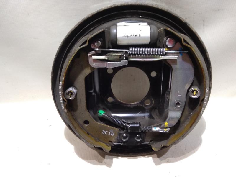 Щиток тормозного механизма Chevrolet Aveo T300 F16D4 2013 задний левый