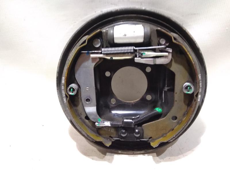 Щиток тормозного механизма Chevrolet Aveo T300 F16D4 2013 задний правый