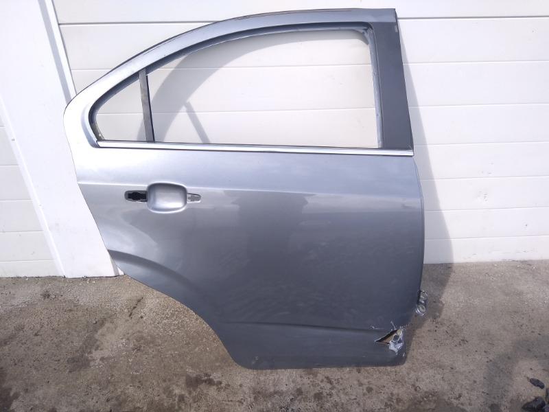 Дверь Chevrolet Aveo T300 F16D4 2013 задняя правая