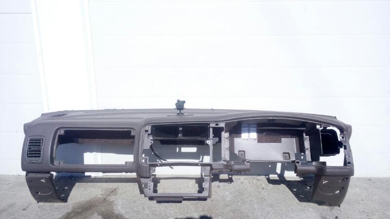 Панель приборов (торпеда) Mitsubishi Challenger K99W 6G74 1997