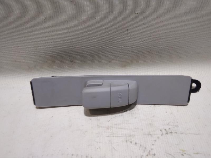 Механизм регулировки высоты ремня безопасности Mazda Atenza Sport GG3S L3-VE 2003 передний правый