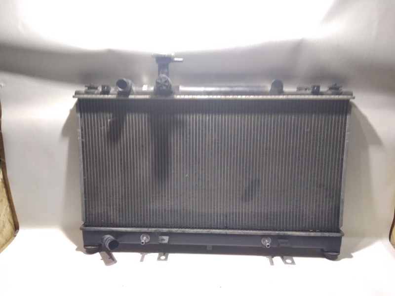 Радиатор охлаждения двигателя Mazda Atenza Sport GG3S L3-VE 2003
