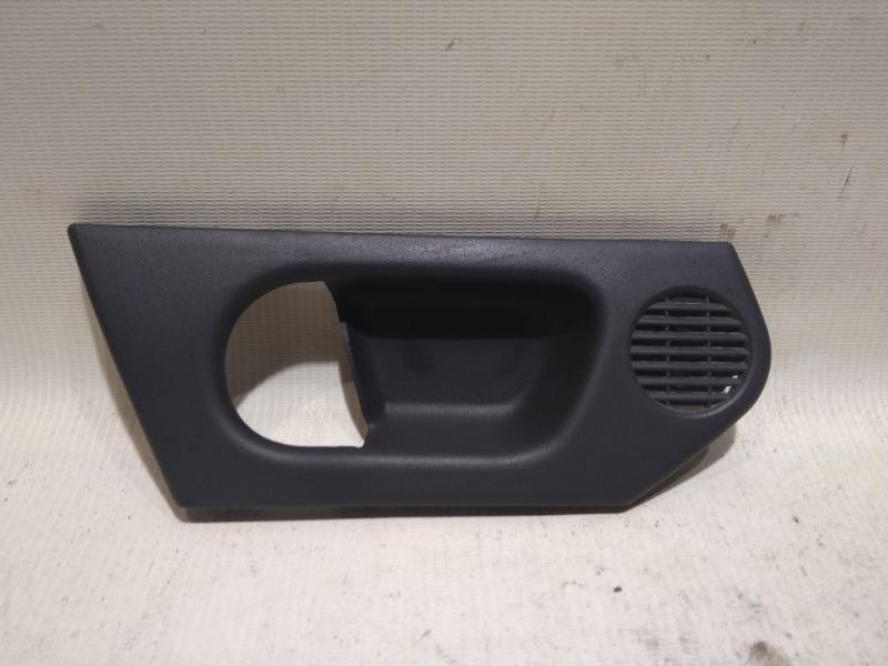 Накладка на ручку двери внутренняя Opel Meriva Z14XEP 2008 передняя левая