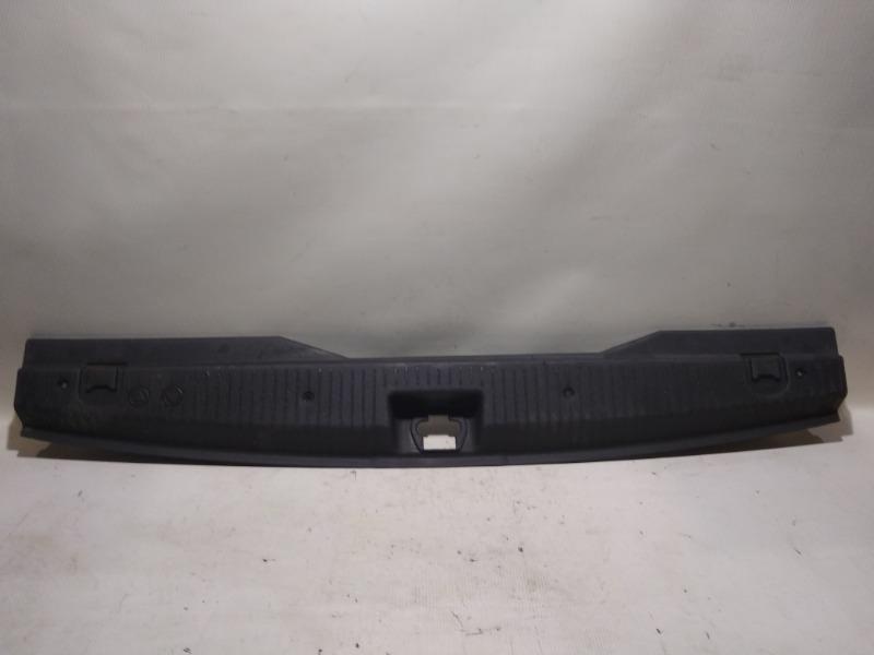 Накладка замка багажника Opel Meriva Z14XEP 2008 задняя