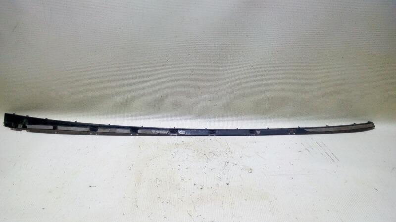 Ответная часть молдинга лобового стекла Ford Focus CB8 PNDA 2012 правая
