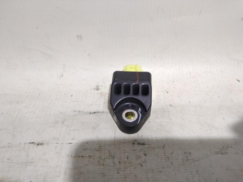Датчик airbag Toyota Camry GSV40 2GRFE 2007 задний