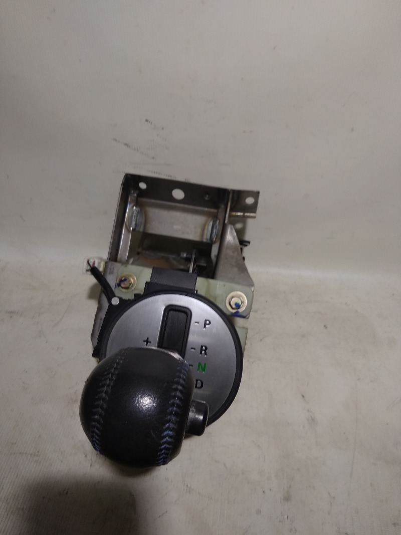 Селектор кпп Mitsubishi Airtrek CU2W 4G63T 2002