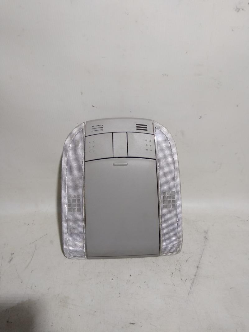 Светильник салона Toyota Corolla ZRE151 1ZRFE 2012 передний