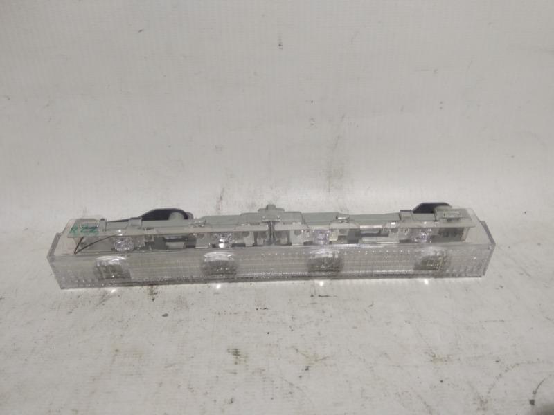 Повторитель стоп-сигнала Toyota Corolla ZRE151 1ZRFE 2012