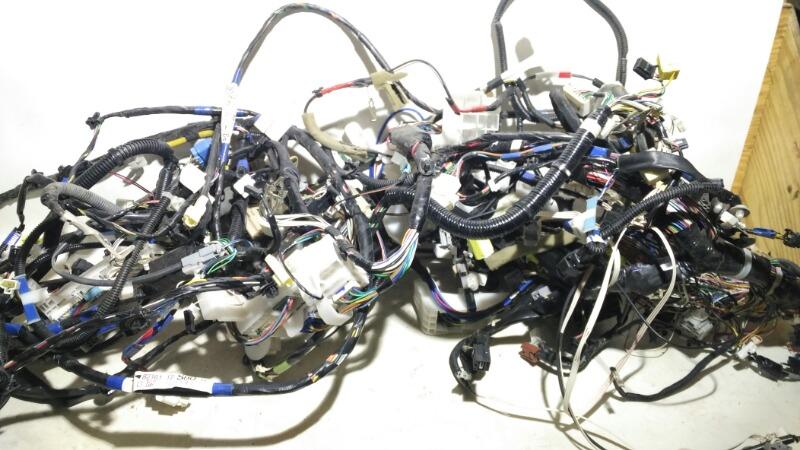 Проводка салона Toyota Corolla ZRE151 1ZRFE 2012