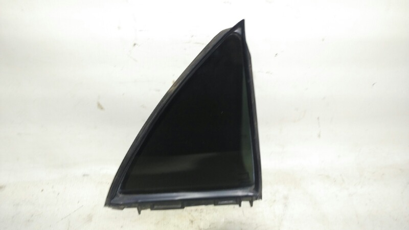 Форточка двери Toyota Corolla ZRE151 1ZRFE 2012 задняя правая