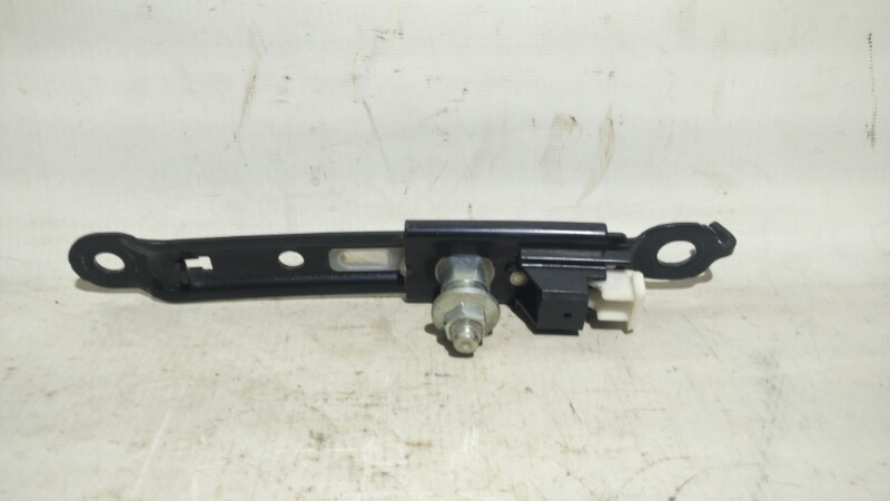 Механизм регулировки ремня безопасности Toyota Corolla ZRE151 1ZRFE 2012 передний