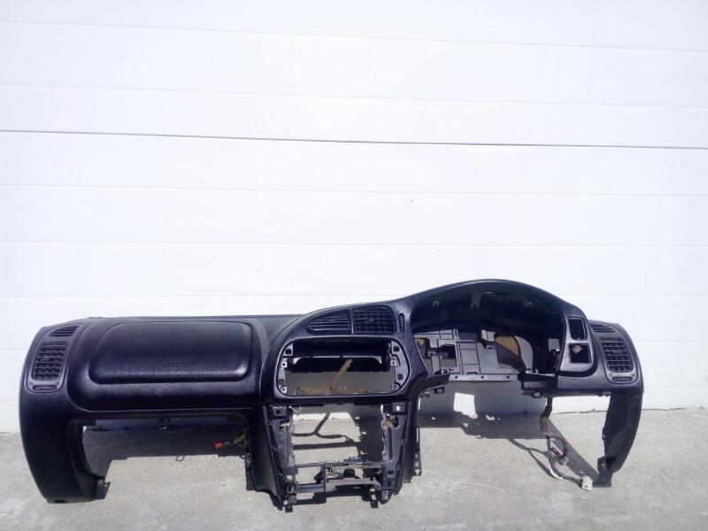 Панель приборов (торпеда) Mitsubishi Lancer Evolution CP9A 4G63T 1998