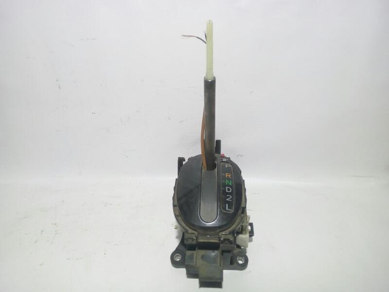Селектор кпп Toyota Platz SCP11 1SZFE 2000