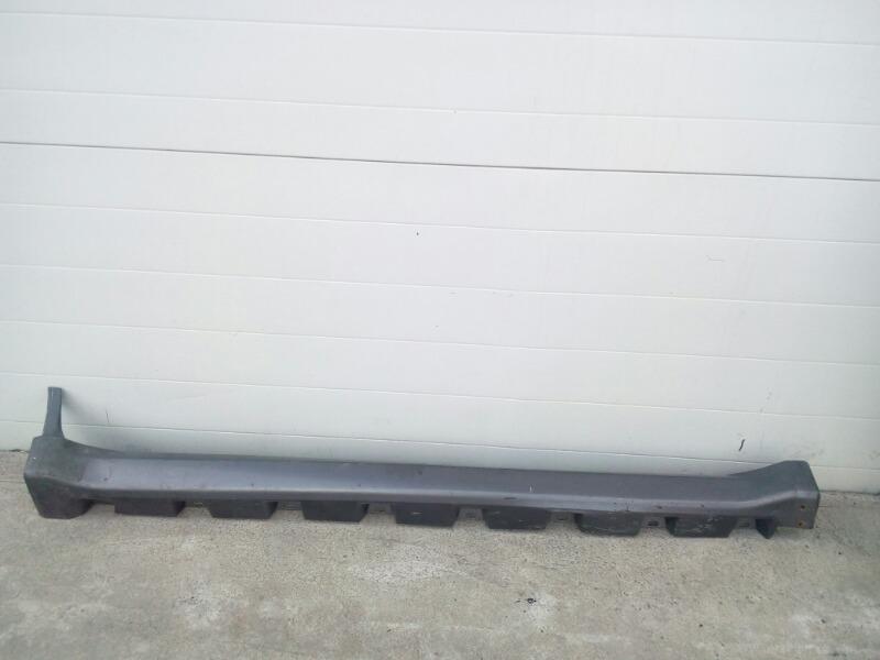 Порог пластиковый Great Wall Hover H3 4G63S4M 2010 правый