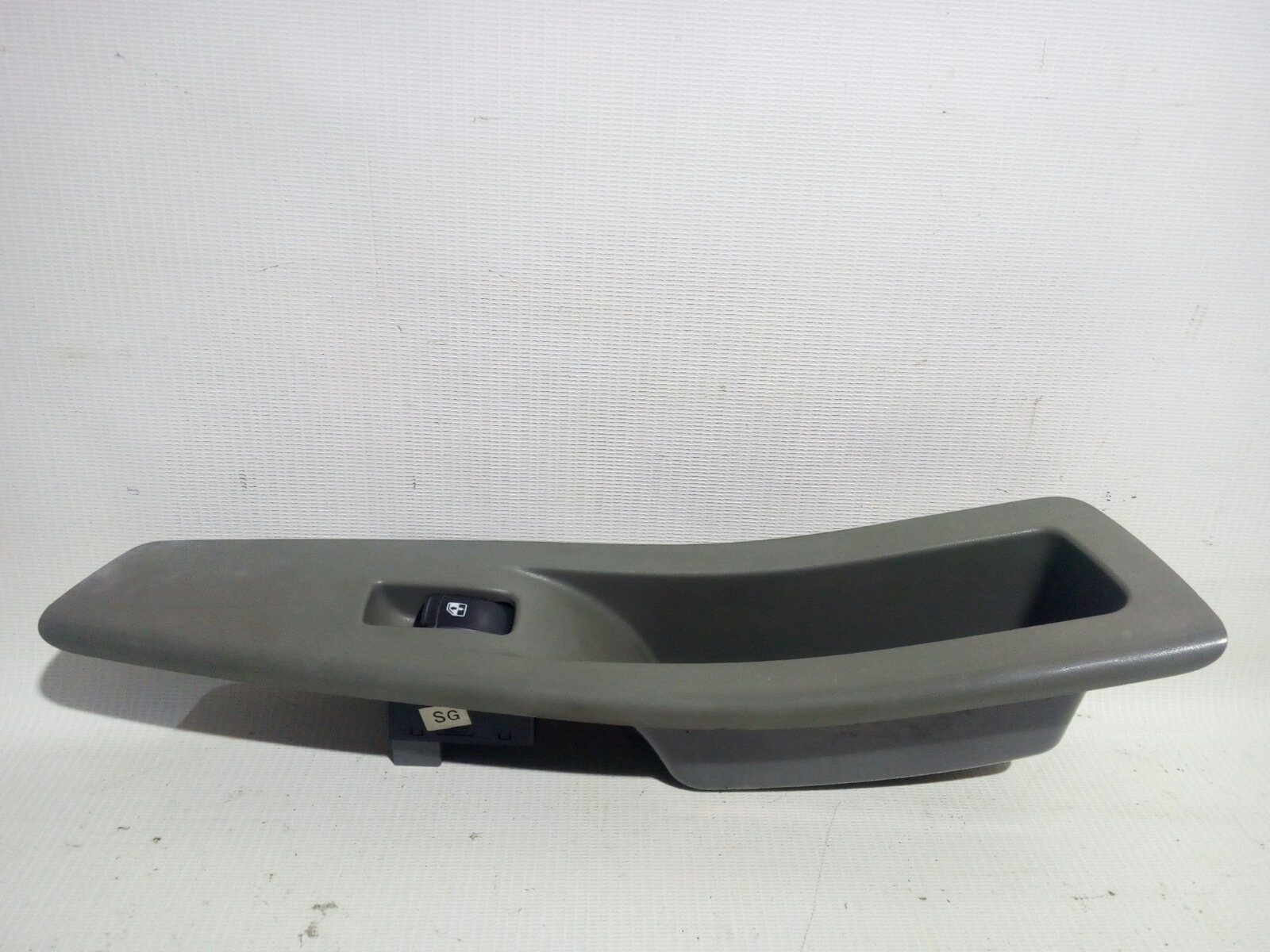 Кнопка стеклоподъемника Chevrolet Lacetti J200 F14D3 2003 передняя правая