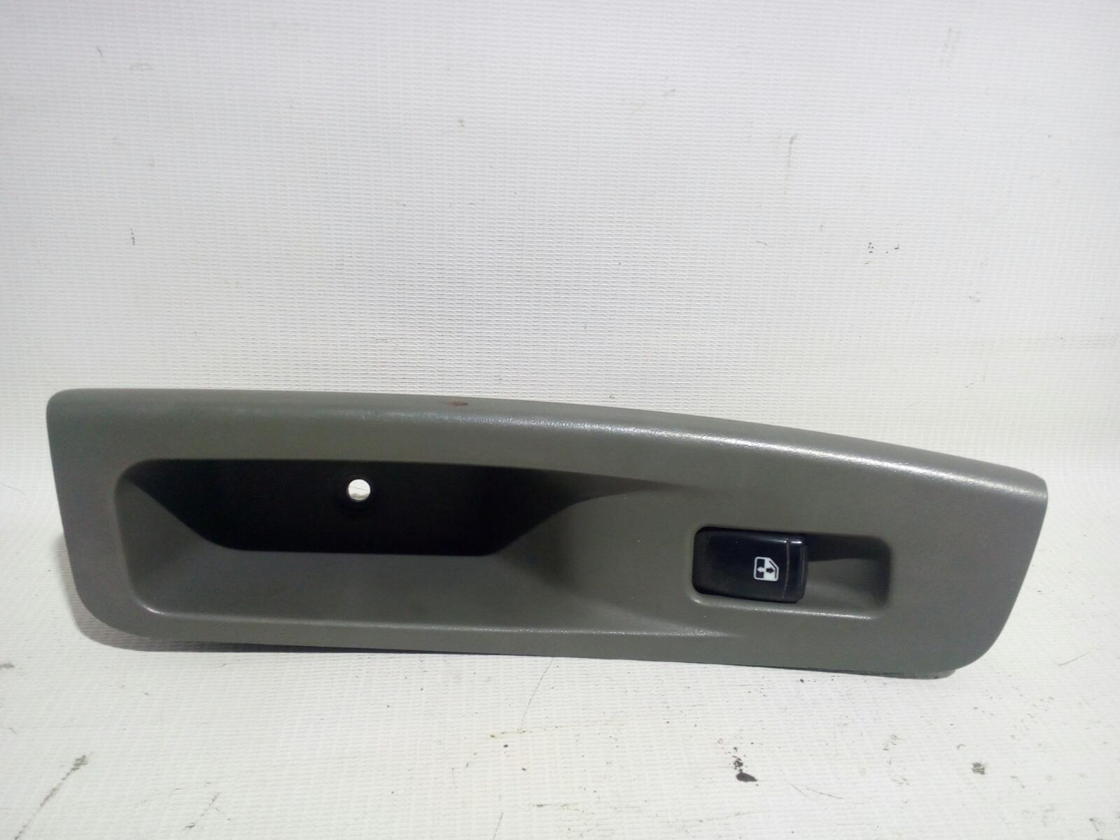 Кнопка стеклоподъемника Chevrolet Lacetti J200 F14D3 2003 задняя правая