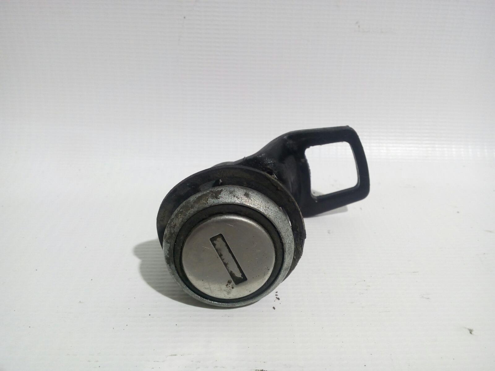 Личинка замка Daewoo Nexia KLETN F16D3 2012 передняя правая