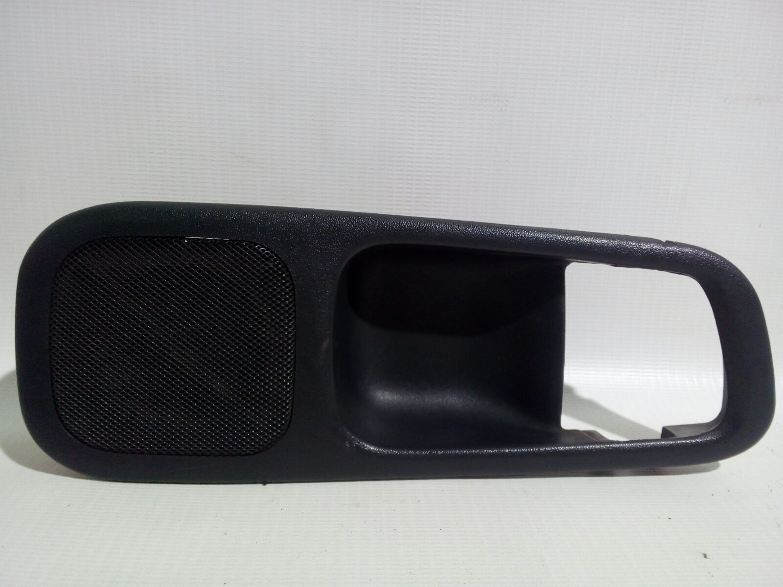 Накладка на ручку двери внутренняя Toyota Crown Majesta UZS141 1UZ-FE 1991 задняя правая