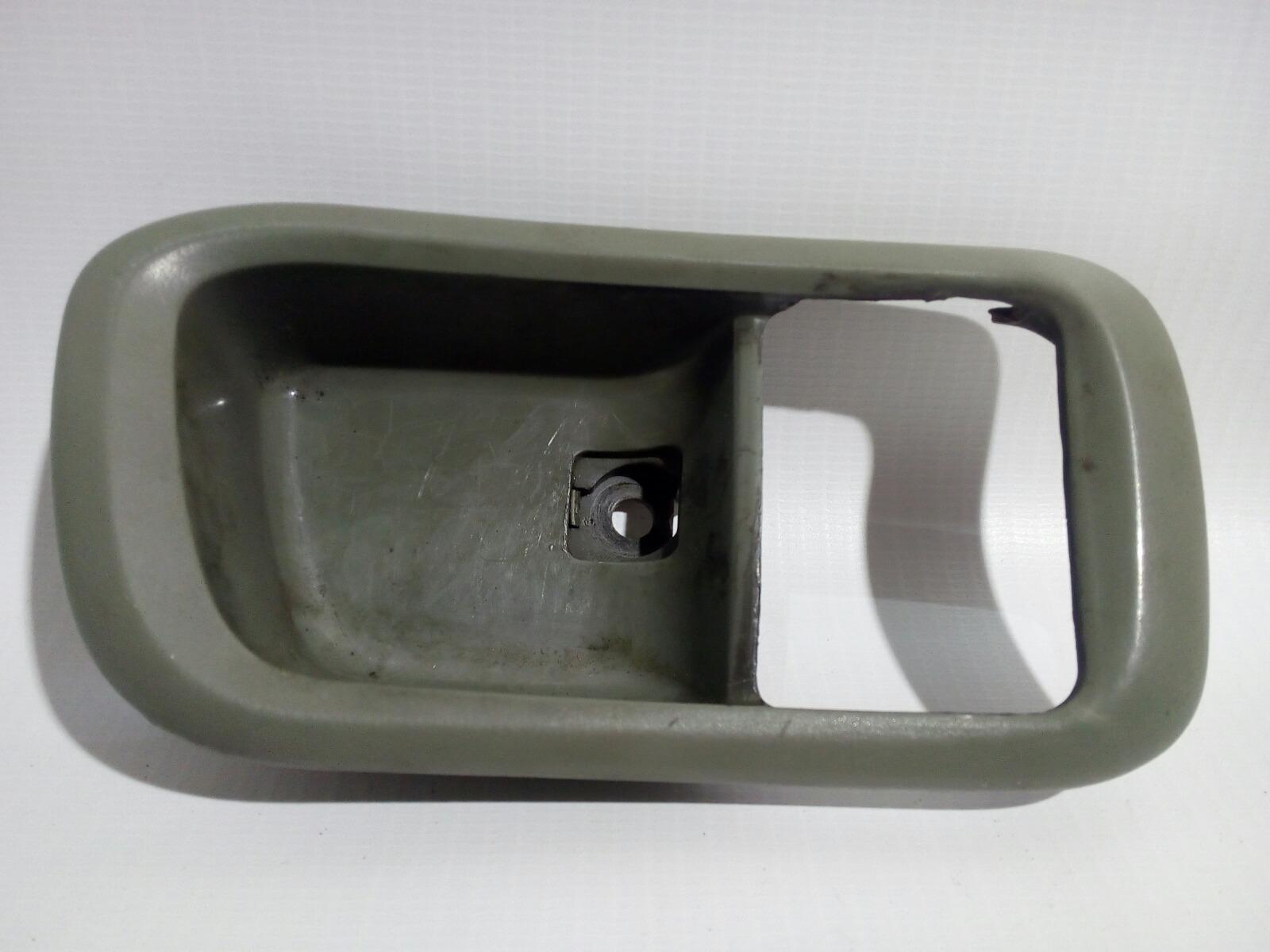 Накладка на ручку двери внутренняя Chery Fora A21 SQR484F 2007 передняя правая