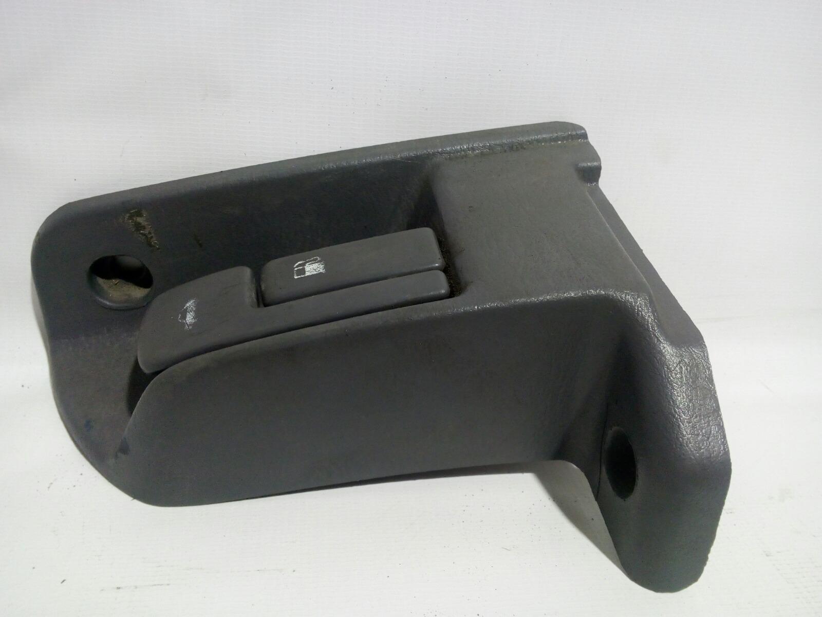 Ручка открывания багажника Toyota Camry Prominet VZV32 4VZ-FE 1992