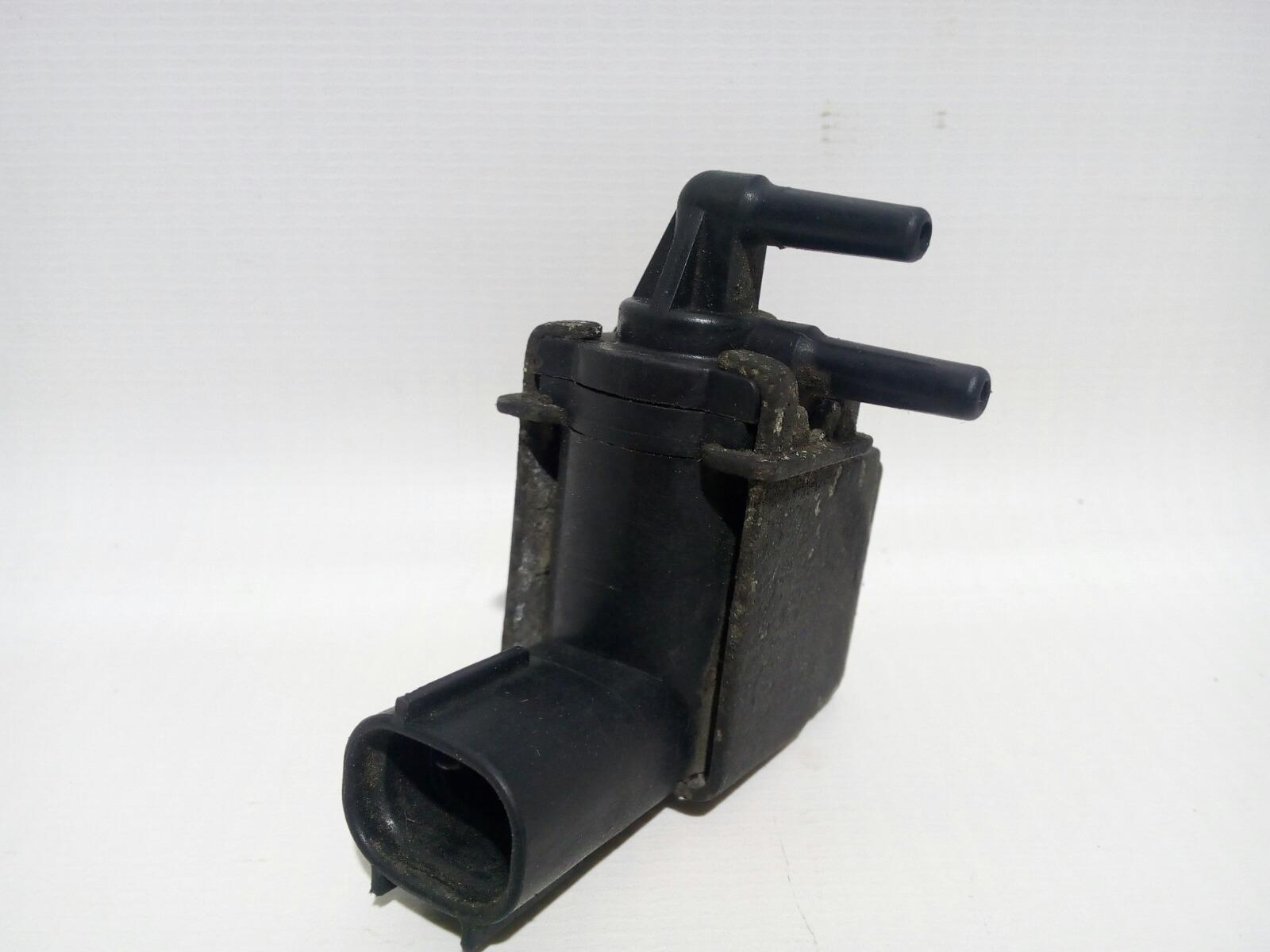 Клапан вакуумный Toyota Camry Prominet VZV32 4VZ-FE 1992