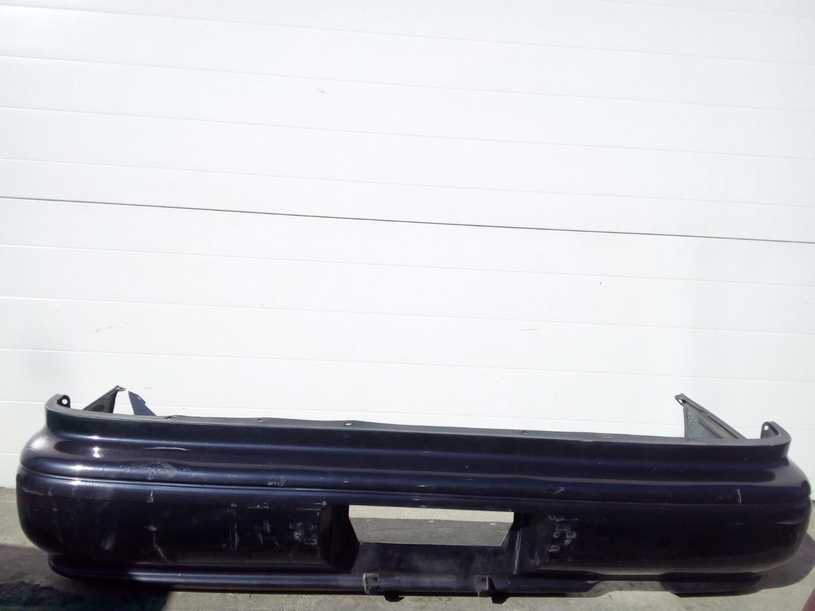 Бампер Toyota Camry Prominet VZV32 4VZ-FE 1992 задний