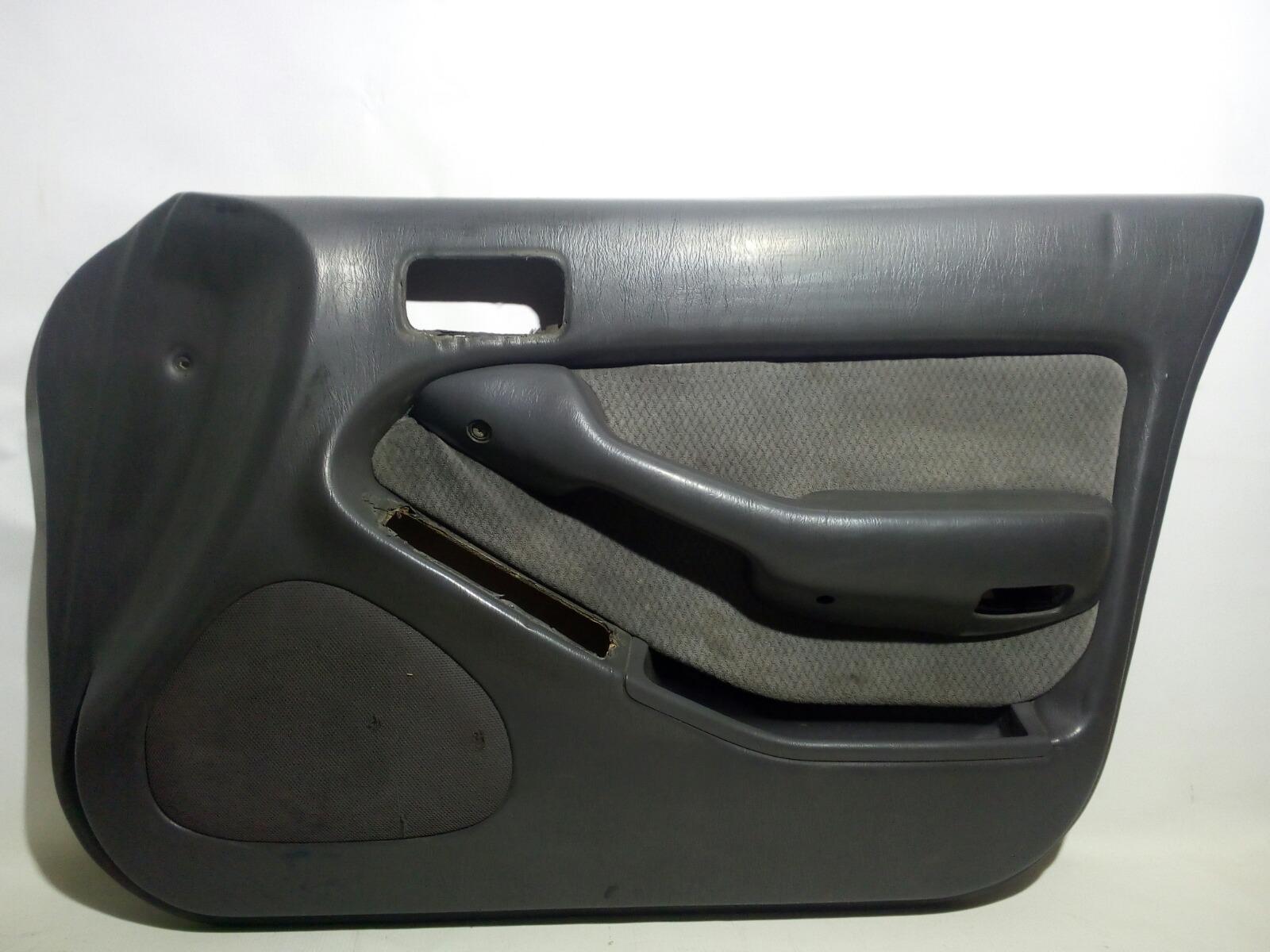 Обшивка двери Toyota Camry Prominet VZV32 4VZ-FE 1992 передняя правая