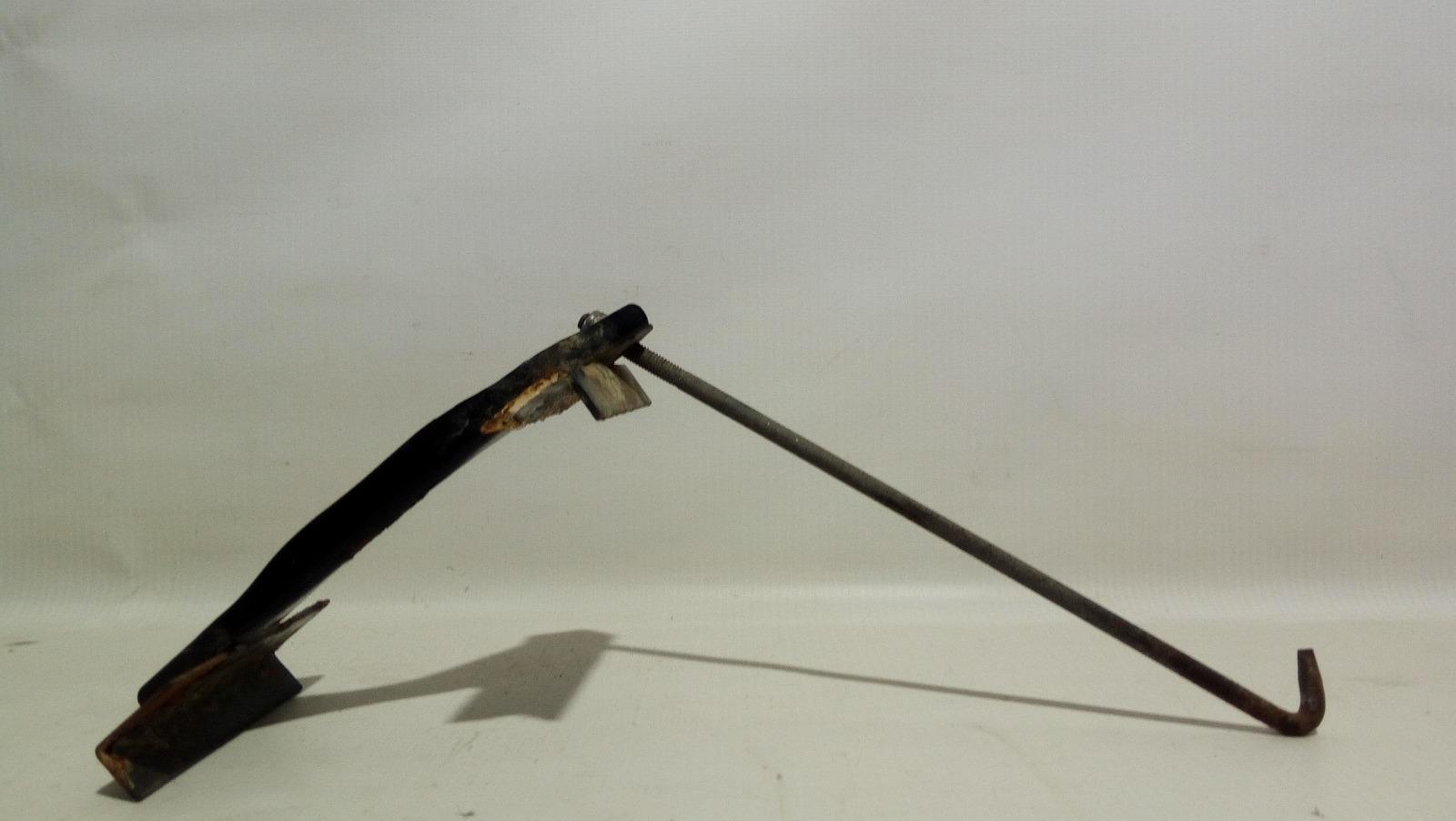 Крепление аккумулятора Geely Mk Cross 5A-FE 2013