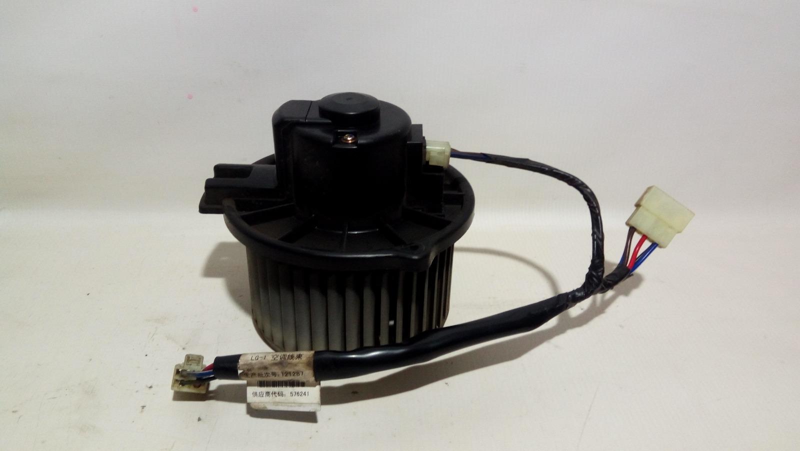 Мотор печки Geely Mk Cross 5A-FE 2013