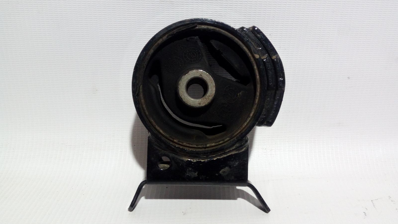 Подушка двигателя Geely Mk Cross 5A-FE 2013 левая