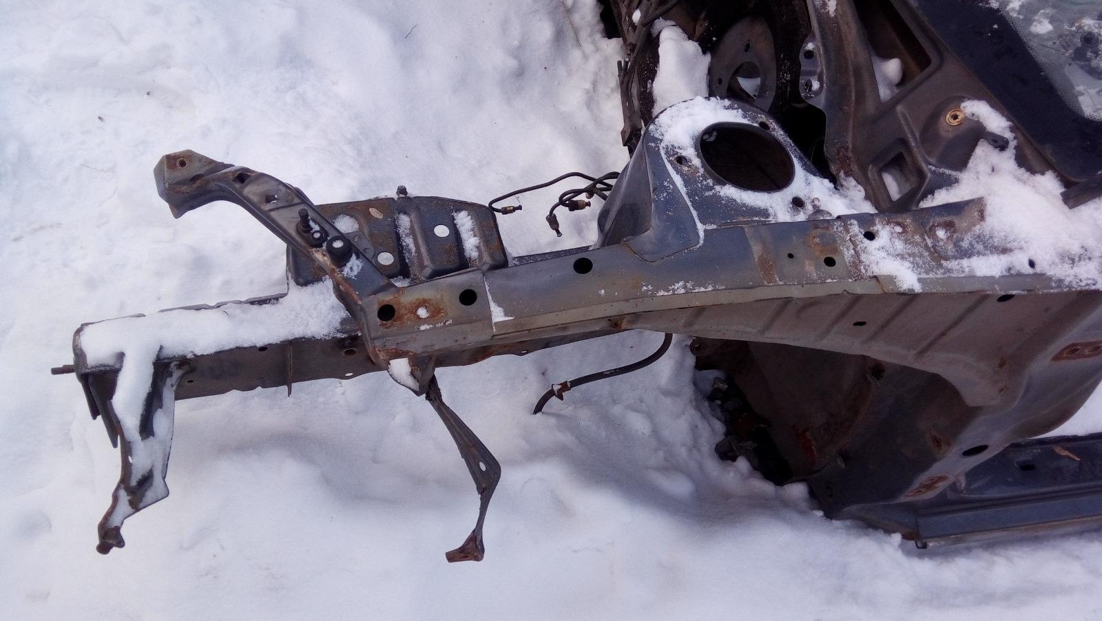 Лонжерон Geely Mk Cross 5A-FE 2013 передний левый