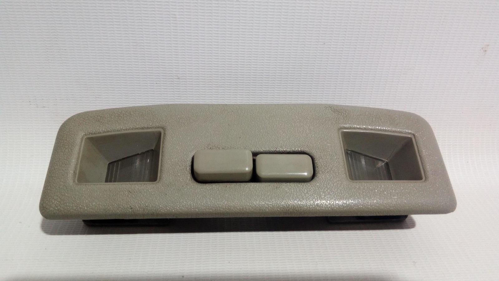 Светильник салона Mitsubishi Lancer CK2A 4G15 1997 передний
