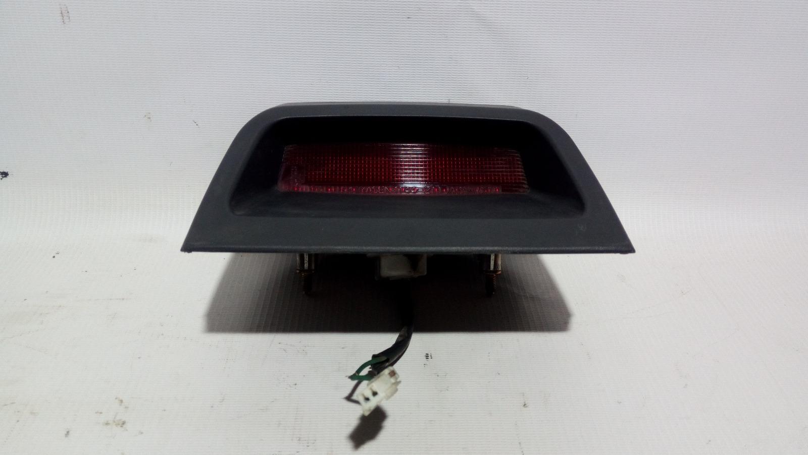 Повторитель стоп-сигнала Mitsubishi Lancer CK2A 4G15 1997