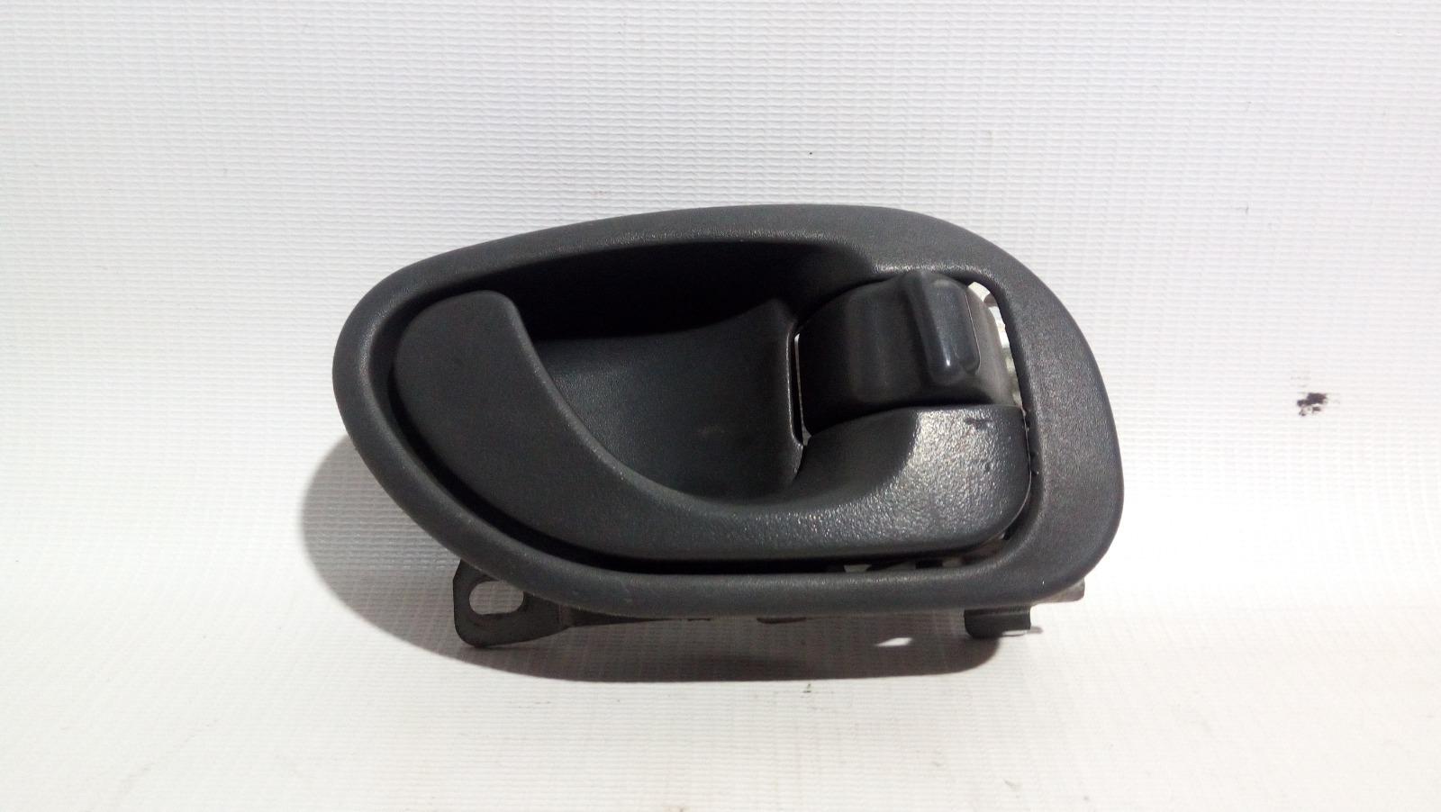 Ручка двери внутренняя Mitsubishi Lancer CK2A 4G15 1997 задняя правая