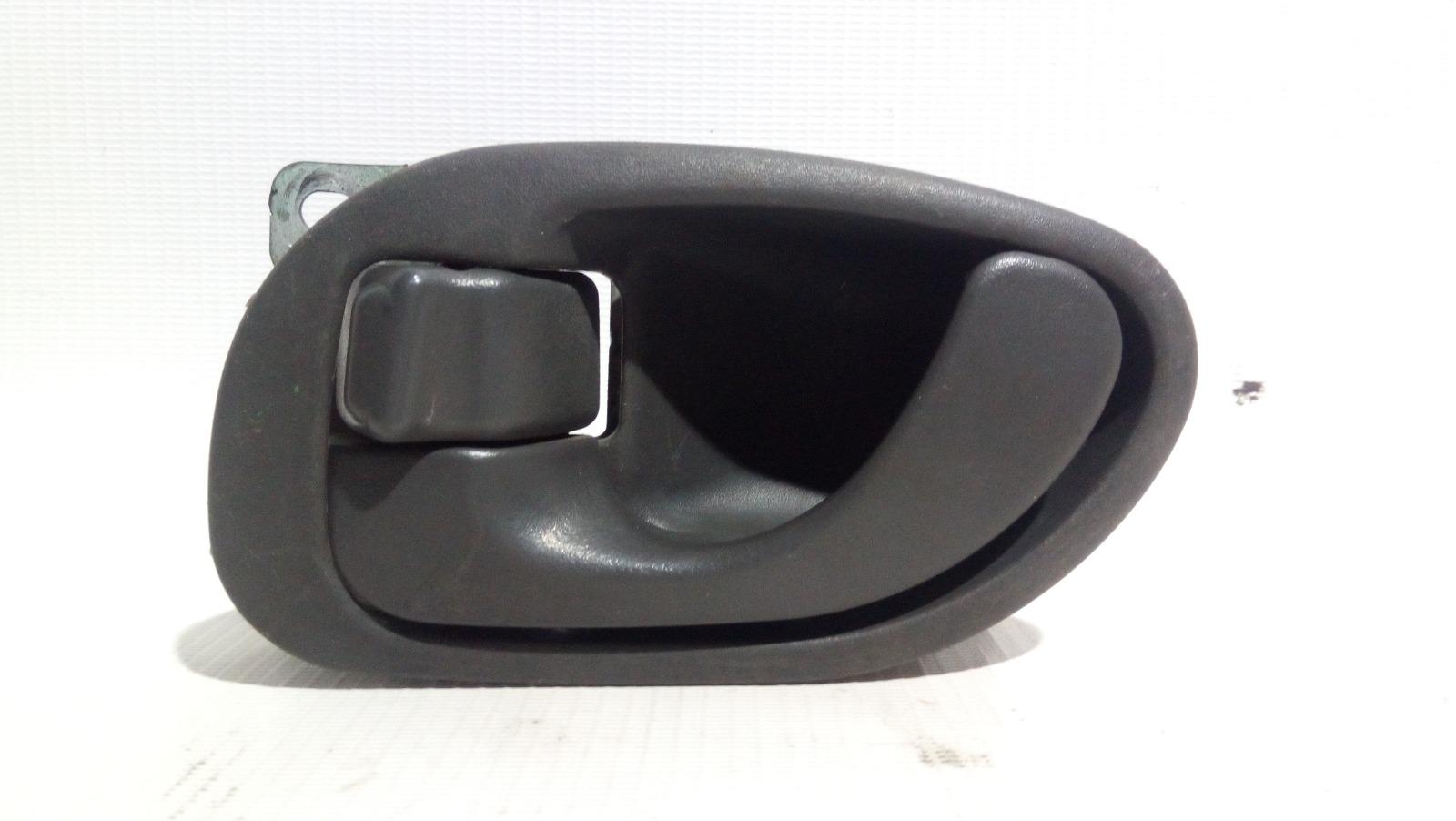 Ручка двери внутренняя Mitsubishi Lancer CK2A 4G15 1997 задняя левая