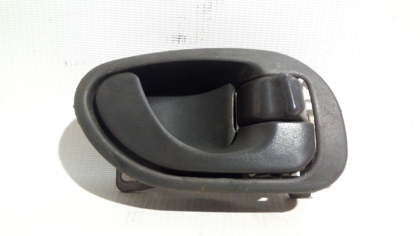 Ручка двери внутренняя Mitsubishi Lancer CK2A 4G15 1997 передняя правая