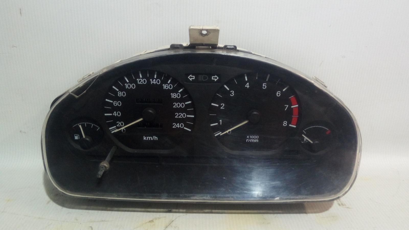 Панель приборов Mitsubishi Carisma DA1A 4G92 1997