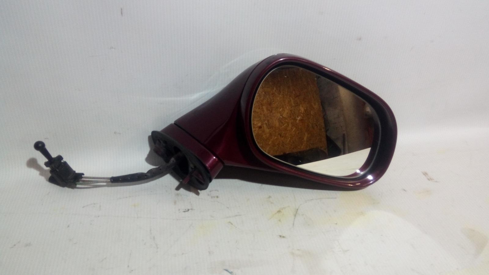 Зеркало заднего вида боковое Mitsubishi Carisma DA1A 4G92 1997 правое