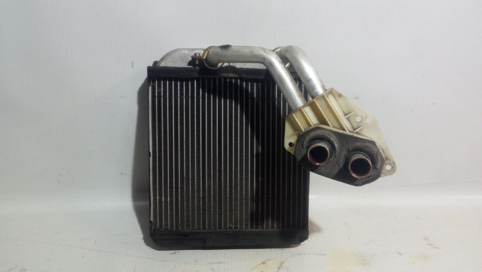 Радиатор отопителя Mitsubishi Carisma DA1A 4G92 1997