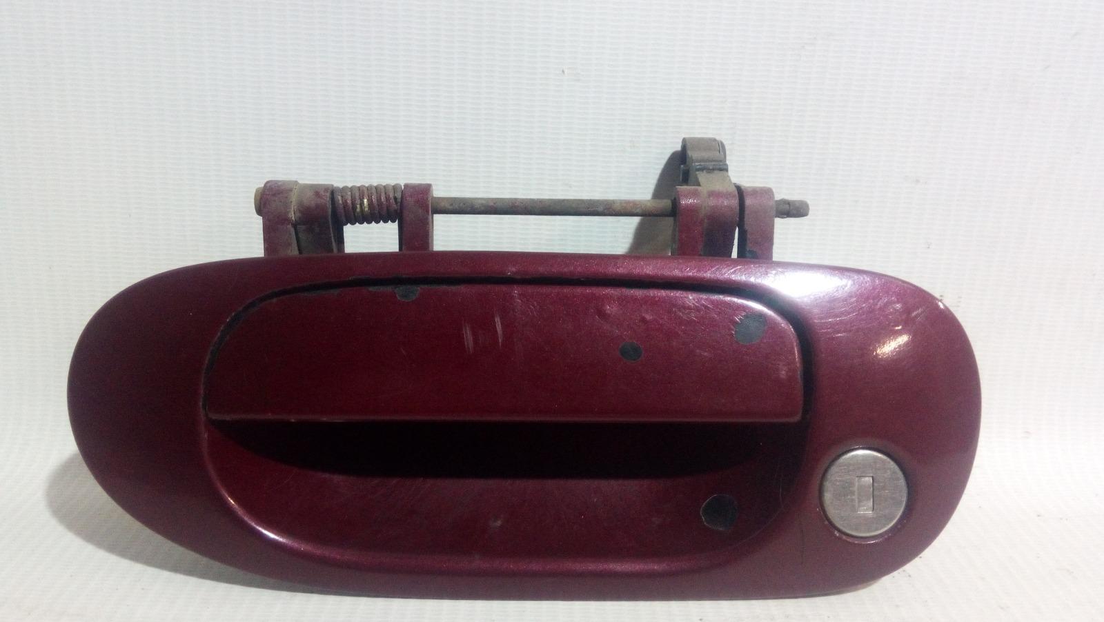 Ручка двери внешняя Mitsubishi Carisma DA1A 4G92 1997 передняя левая