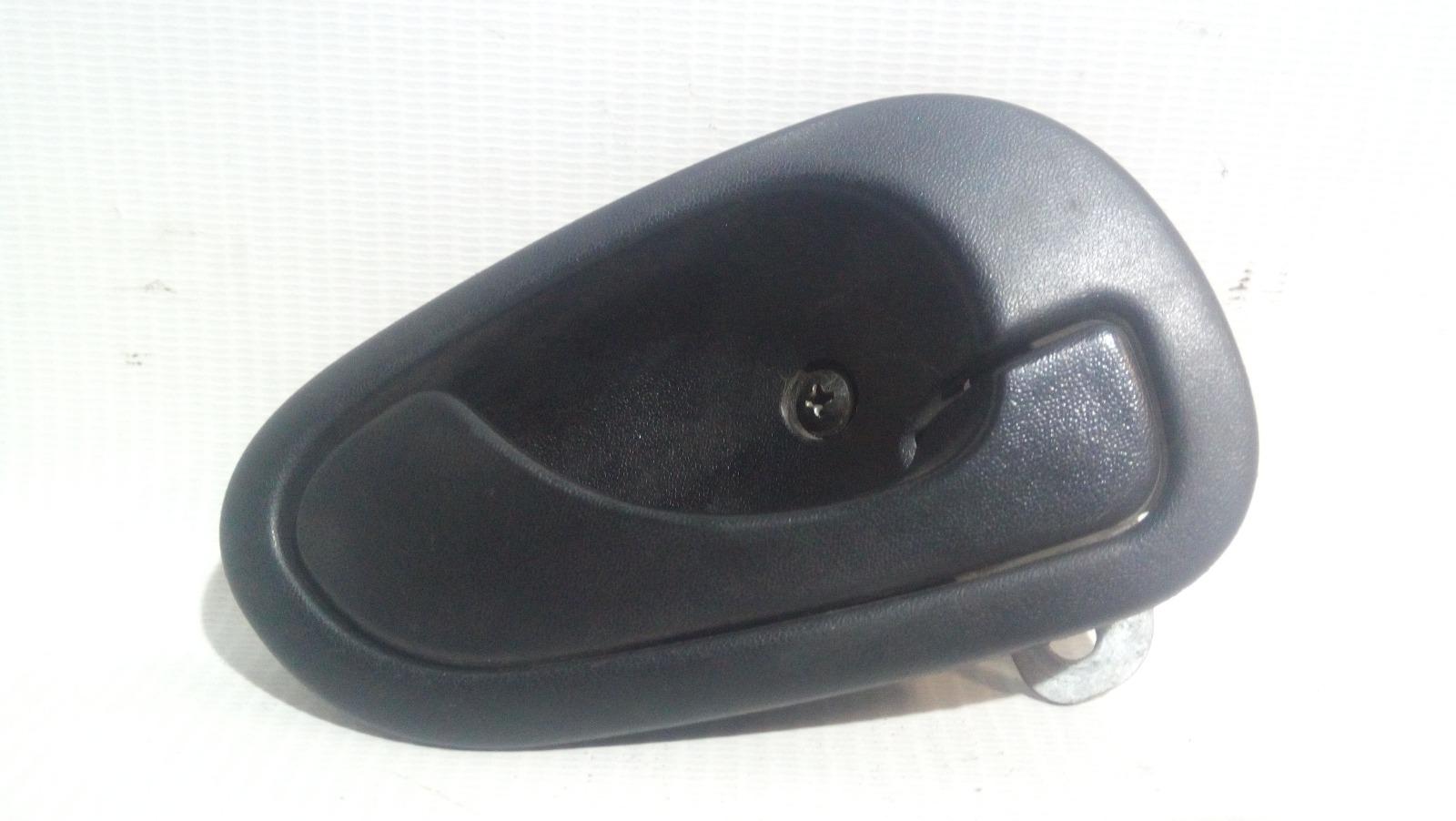 Ручка двери внутренняя Mitsubishi Carisma DA1A 4G92 1997 передняя правая